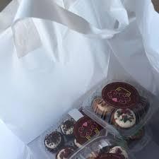 buttercream cupcakes 175 photos u0026 256 reviews bakeries 1411