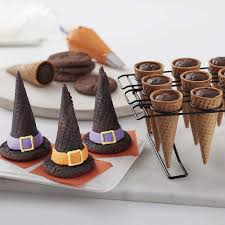 Halloween Baby Shower Cupcakes by Halloween Decorating Ideas Wilton