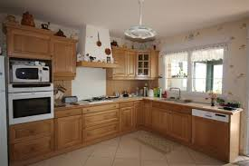 modele de cuisine en bois modele de cuisine en bois modele de cuisine avec ilot with modele