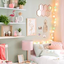 Fairy Light Wall by How To Use Fairy Lights To Reinvent A Room