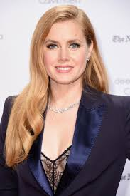 this makeup trick is genius for people with blue eyes amy adams