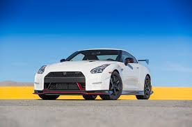 nissan gtr nismo black edition 2016 nissan gt r starts at 103 365 adds 45th anniversary gold