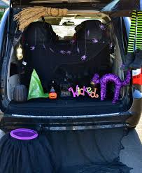 halloween trunk or treat blog hop tikkido com