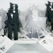 wedding favor bags brides white wedding dress wedding favor bags candy cake weddings