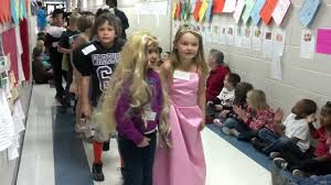 spirit halloween warner robins ga hilltop elementary book parade warner robins georgia youtube