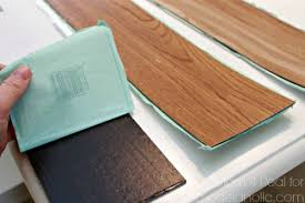 vinyl plank flooring peel and stick