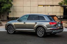 audi q7 2015 audi q7 vs 2017 audi q7 what s the difference autotrader