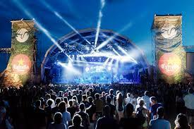 Muito CONEXÃO EUROPA: Vida Festival, na Catalunha, têm shows de Lana Del  #DS92