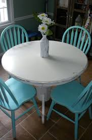 Kitchen Round Table by Diy White Chalk Paint On Wood Round Table U0026 Turquoise Chairs