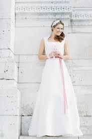 brautkleid schlicht brautkleid schlicht mit überrock wedding dress and weddings
