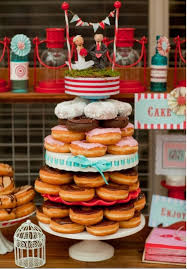 cool wedding cakes picture of cheap and cool wedding cake alternatives