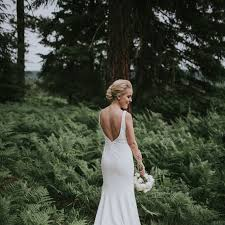 where to buy wedding this is the best time to buy your wedding dress brides