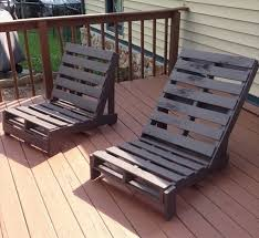 chaise longue palette transat de jardin en palette