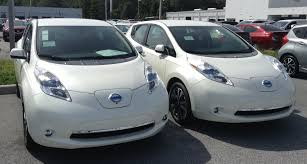 nissan leaf new battery cost peering into the nissan leaf u0027s battery factory in tennessee