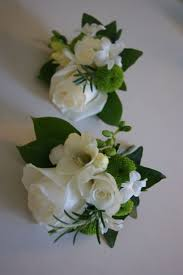 corsage flowers best 25 of the corsages ideas on