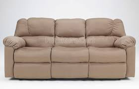 Difference Between A Couch And A Sofa Fun Furniture Facts Sofas Vs Couches