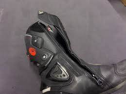 motorcycle boots review used sidi vertigo boots review visordown