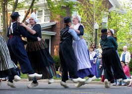 wooden shoe like to see the dutch dancers great lakes gazette