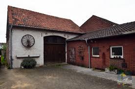 Haus Mit Kaufen Rohdiamant Sucht Feinschliff Haus Mit Potential Und Scheune Auf