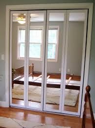 Closet Bifold Doors by Mirrored Closet Bifold Doors Home Design Ideas