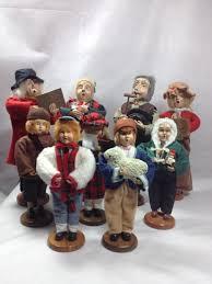carolers figurines santas workbench coroling set holidays