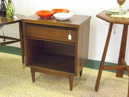 Mid Century Nightstands Mid Century Modern Nightstand Ultimate Venue