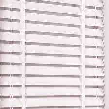 Best Way To Clean Venetian Blinds Easiest Way To Clean Wooden Venetian Blinds Thecarpets Co