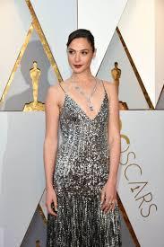 dress gal gal gadot s one dress at the 2018 oscars