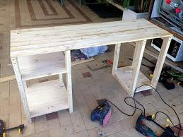 Free Plans To Build A Computer Desk by The 25 Best Diy Computer Desk Ideas On Pinterest Computer Rooms