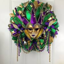 mardi gras mesh 175 best mardi gras wreath images on door wreaths
