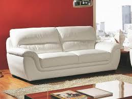 comment nettoyer canap en cuir comment nettoyer canapé cuir a propos de canapé 3 places en cuir