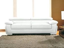 produit pour nettoyer canapé entretien canape en cuir le racsultat nettoyer canape simili cuir
