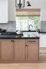 what color backsplash with wood cabinets black granite kitchen countertops design ideas countertopsnews