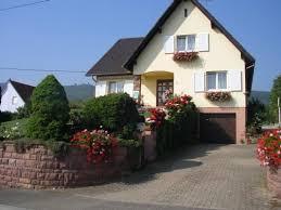 chambre d hote a eguisheim chambre brune située à eguisheim chambres d hôte à eguisheim