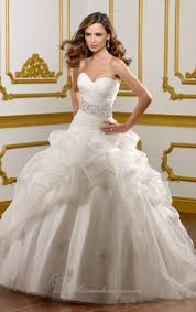 gorgeous wedding dresses 20 beautiful wedding dresses for modern brides style motivation