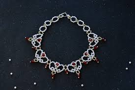 elegant pearl necklace images Tutorial on making an elegant pearl necklace for wedding jpg