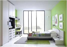 jugendzimmer einrichtungsideen jugendzimmer einrichtungsideen weiß limettengrün schibetüren glas