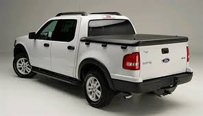 ford sports truck undercover makes the tonneau cover for the ford sport trac