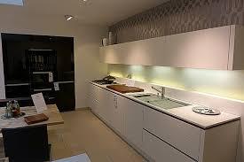 wei e k che graue arbeitsplatte awesome weiße küche welche arbeitsplatte pictures barsetka info