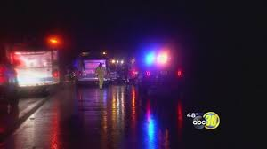 california highway patrol abc30 com chp officers respond to dozens of crashes across fresno as holiday travel ramps up