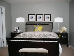 schwarzes schlafzimmer die besten 25 dunkle möbel ideen auf palettenwand