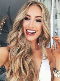 curl in front of hair pic best 25 middle part curls ideas on pinterest wavy curls