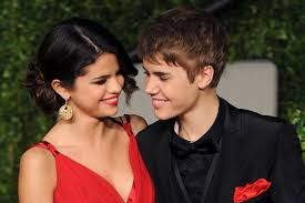 are justin bieber and selena gomez back together in 2017
