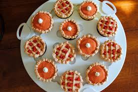 one eyed thanksgiving pie cupcakes