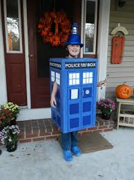 diy tardis costume playing with scissors