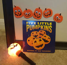 spirit halloween carle place ny that u0027s what she u0027s reading october 2016