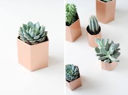 make it diy metallic geometric planters in 5 minutes curbly