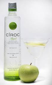 green apple martini bottle ciroc apple flavoured vodka 70cl amazon co uk grocery