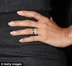 Workout Wedding Rings by Eva Longoria Flashes Her Wedding Ring For The First Time As She