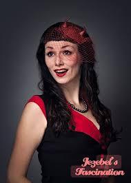 Bettie Halloween Costume Devil Red Glitter Horns Fascinator Pin Rockabilly Horror